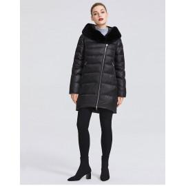 Черная куртка с мехом женская KD070